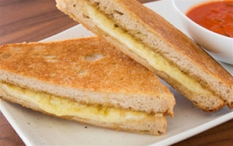 Cách Làm Bánh Mì Sandwich Kẹp Phô Mai Thơm Ngon