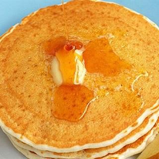 Cách làm Bánh Pancake Xốp Mềm Đơn Giản Tại Nhà