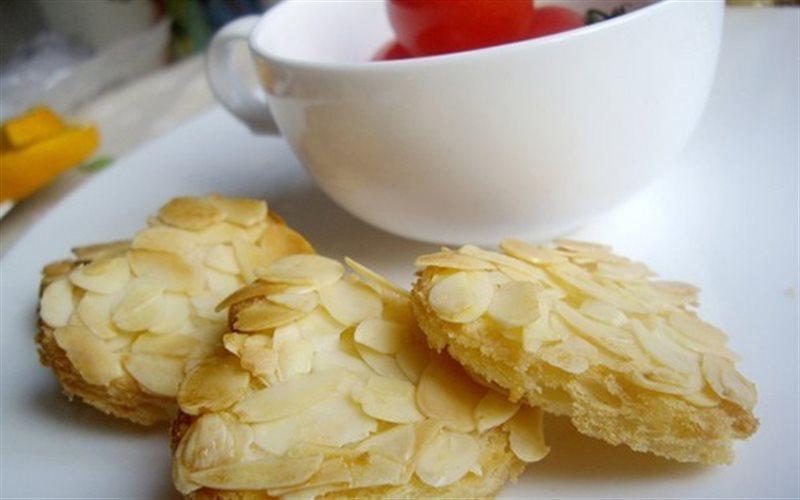 Cách Làm Bánh Mì Bơ Hạnh Nhân Giòn Béo Thơm Ngon