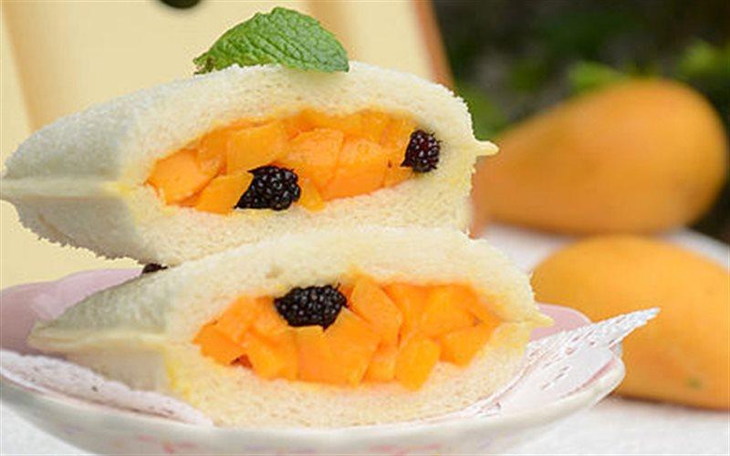 Cách làm Bánh Mì Sandwich Xoài nhiều vitamin, ăn cực ghiền