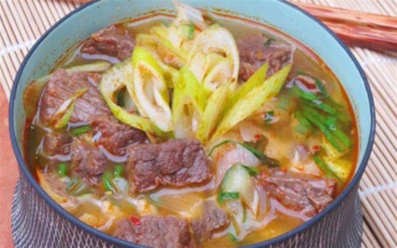 Cách Làm Canh Thịt Bò Kim Chi Tròn Vị, Thơm Ngon