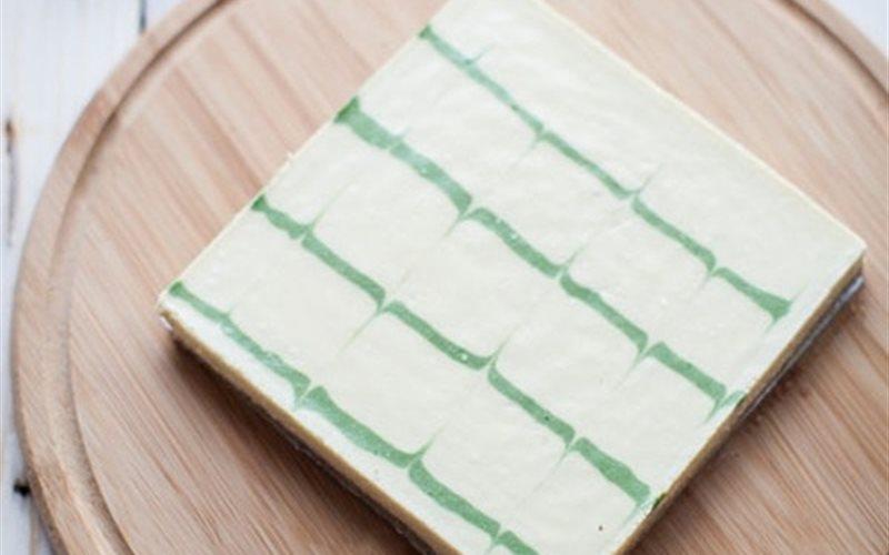 Cách làm bánh Cheesecake matcha béo ngậy thơm mùi trà xanh
