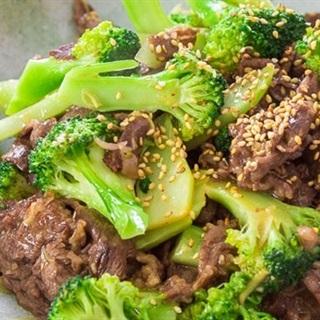 Cách làm thịt bò xào bông cải xanh