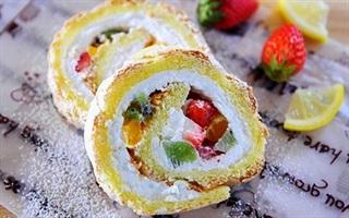 Bánh phô mai cuộn trái cây