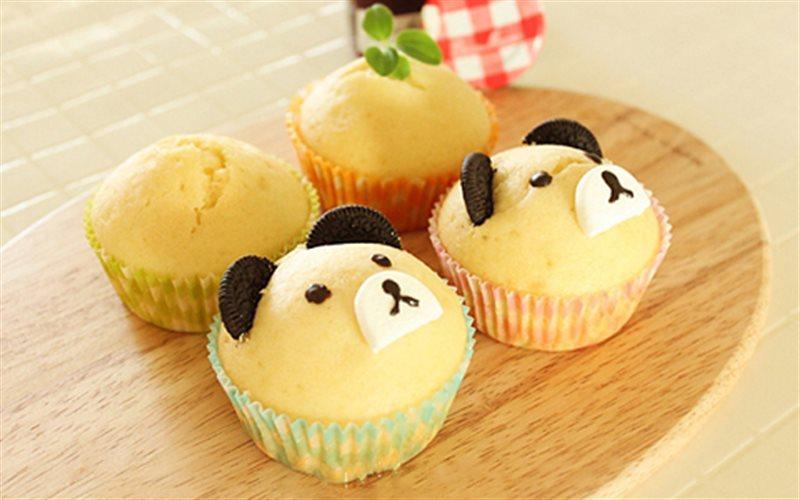 Cách Làm Cupcake Hình Mặt Gấu Thơm Ngon Cho Các Bé