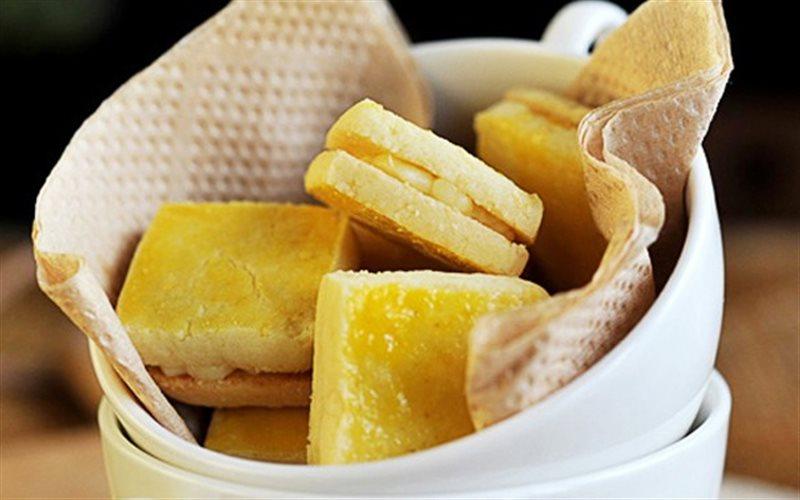 Cách Làm Bánh Quy Nhân Kem Phô Mai Cực Thơm Ngon