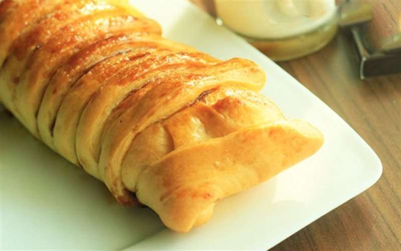 Cách Làm Bánh Mì Nhân Táo Thơm Ngon Không Cưỡng