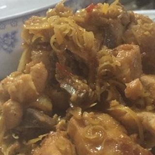 Cách làm thịt gà kho gừng tươi