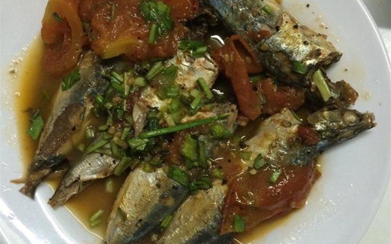 Cách làm cá nục tươi sốt cà chua