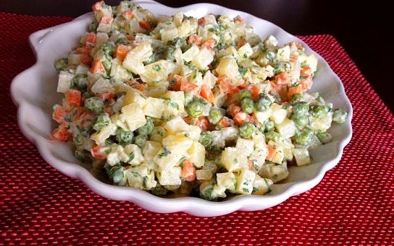Cách làm salad Nga đúng chuẩn