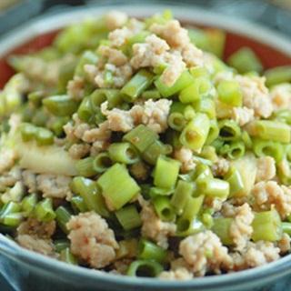 Cách làm rau muống xào thịt bằm
