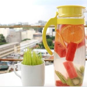 Nước detox từ cam, kiwi và dưa hấu