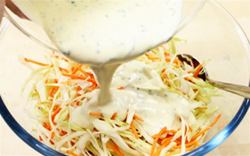 Cách làm sốt salad rau củ