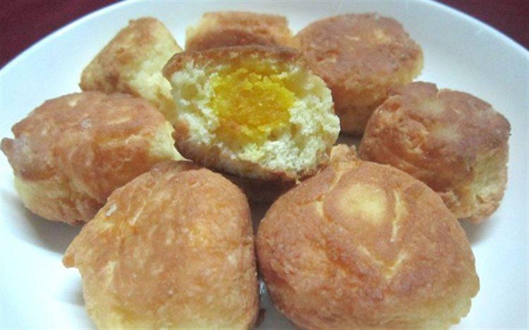 Cách làm bánh chiên trứng muối