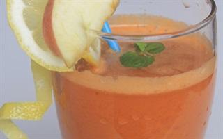 Nước ép táo và cà rốt