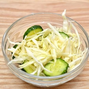 Salad bắp cải trộn dưa leo