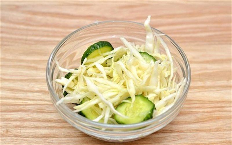 Cách làm salad bắp cải trộn dưa leo