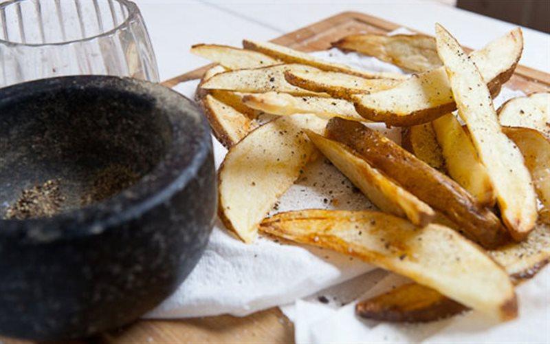 Cách làm snack khoai tây cay