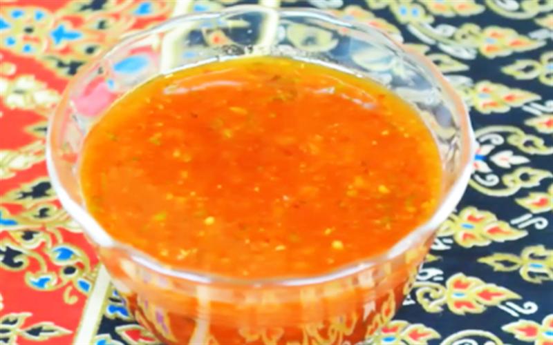 Cách làm tương ớt kiểu Thái