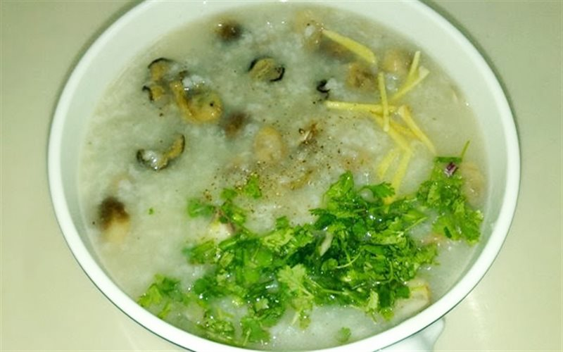 Cách nấu cháo hàu nấm bào ngư