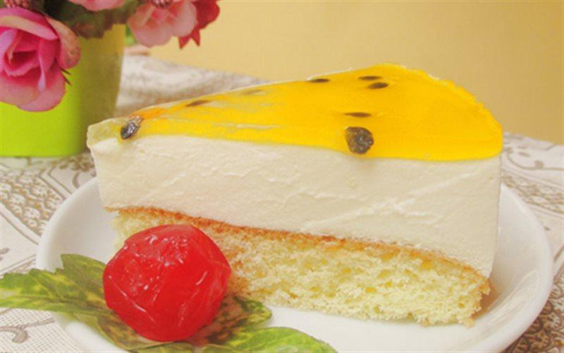 Cách làm Bánh Mousse Chanh Leo chua béo đế giòn rụm