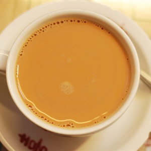 Tự chế trà sữa hương vị Hồng Kông