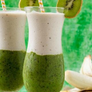Cách làm sinh tố chuối với kiwi
