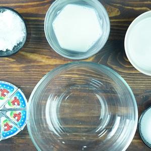 Bánh bông lan trứng muối sốt phô mai chà bông