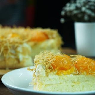 Cách làm bánh bông lan trứng muối sốt phô mai chà bông