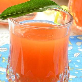 Cách làm nước ép cà rốt và táo
