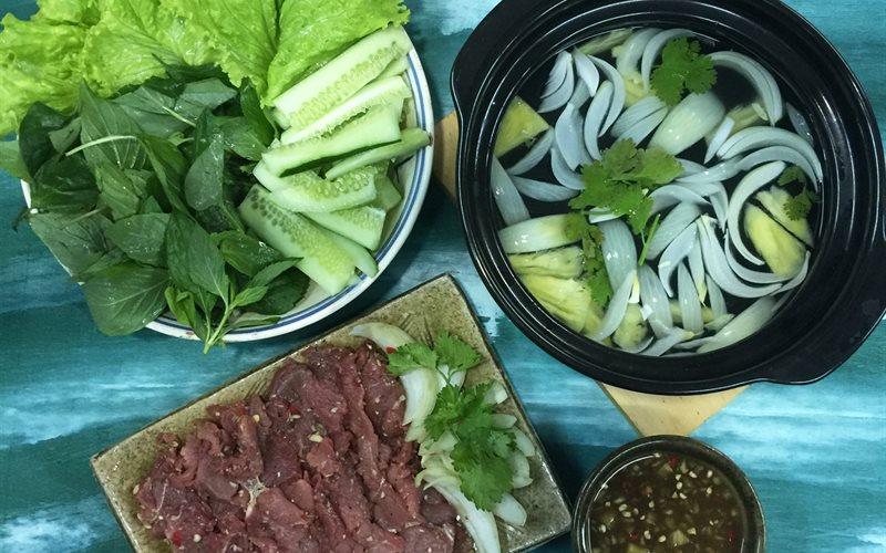 Cách làm Thịt Bò Nhúng Giấm nước dừa chấm mắm nêm