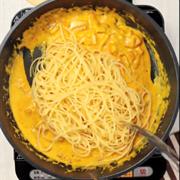 Spaghetti sốt bí đỏ