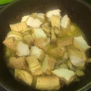 Cách làm thịt ba chỉ kho đậu hũ chiên