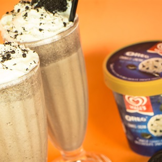 Cách pha chế Milkshake Wall's Oreo