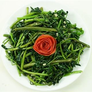 Cách làm rau muống xào tỏi thơm ngon