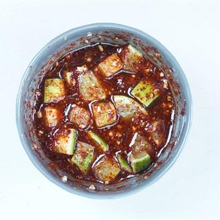 Cách làm nước chấm chua cay kiểu Thái