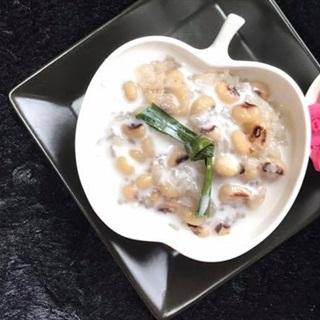 Cách làm chè đậu trắng nếp Thái