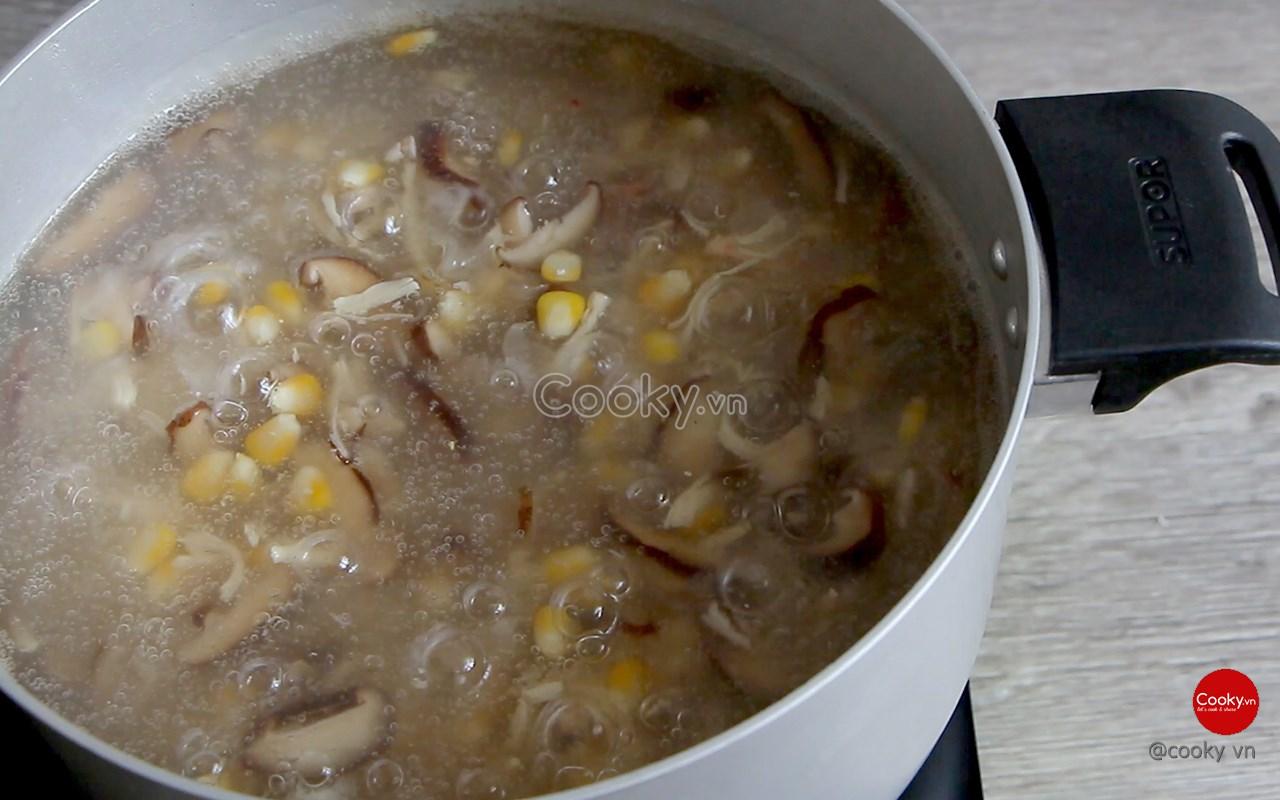 Cách nấu súp cua thơm ngon đúng chuẩn - ảnh 1.