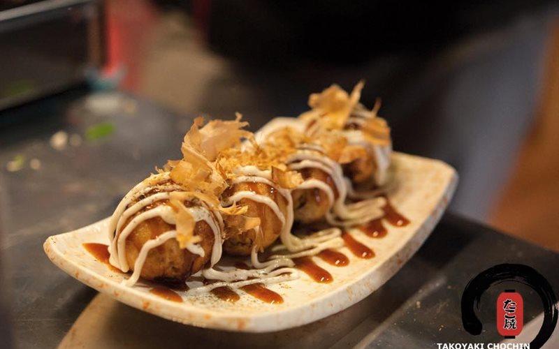 Cách làm Bánh Takoyaki tại nhà ngon đúng chuẩn Nhật Bản