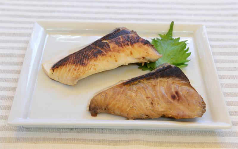 Cách làm cá cam sốt Teriyaki - How to make Terayaki Yellowtail fish