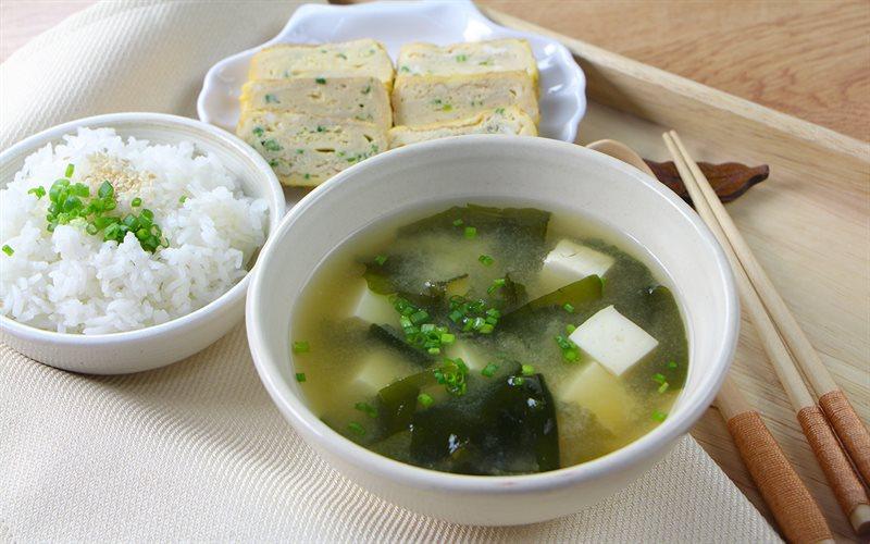 Cách nấu Canh Miso Nhật Bản