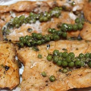 Thịt cá sấu nướng tiêu xanh
