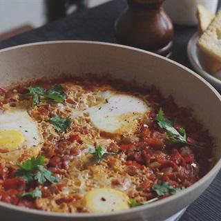 Shakshouka - Trứng chần sốt cà chua