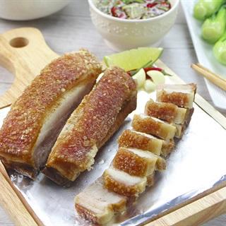 Cách làm Thịt Ba Chỉ Chiên Giòn Bì với nước chấm kiểu Thái