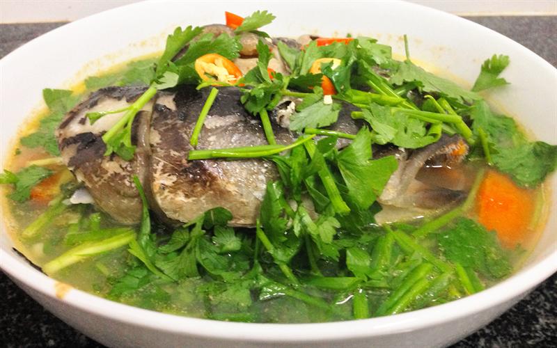 Cách làm Canh đầu cá bớp nấu ngót