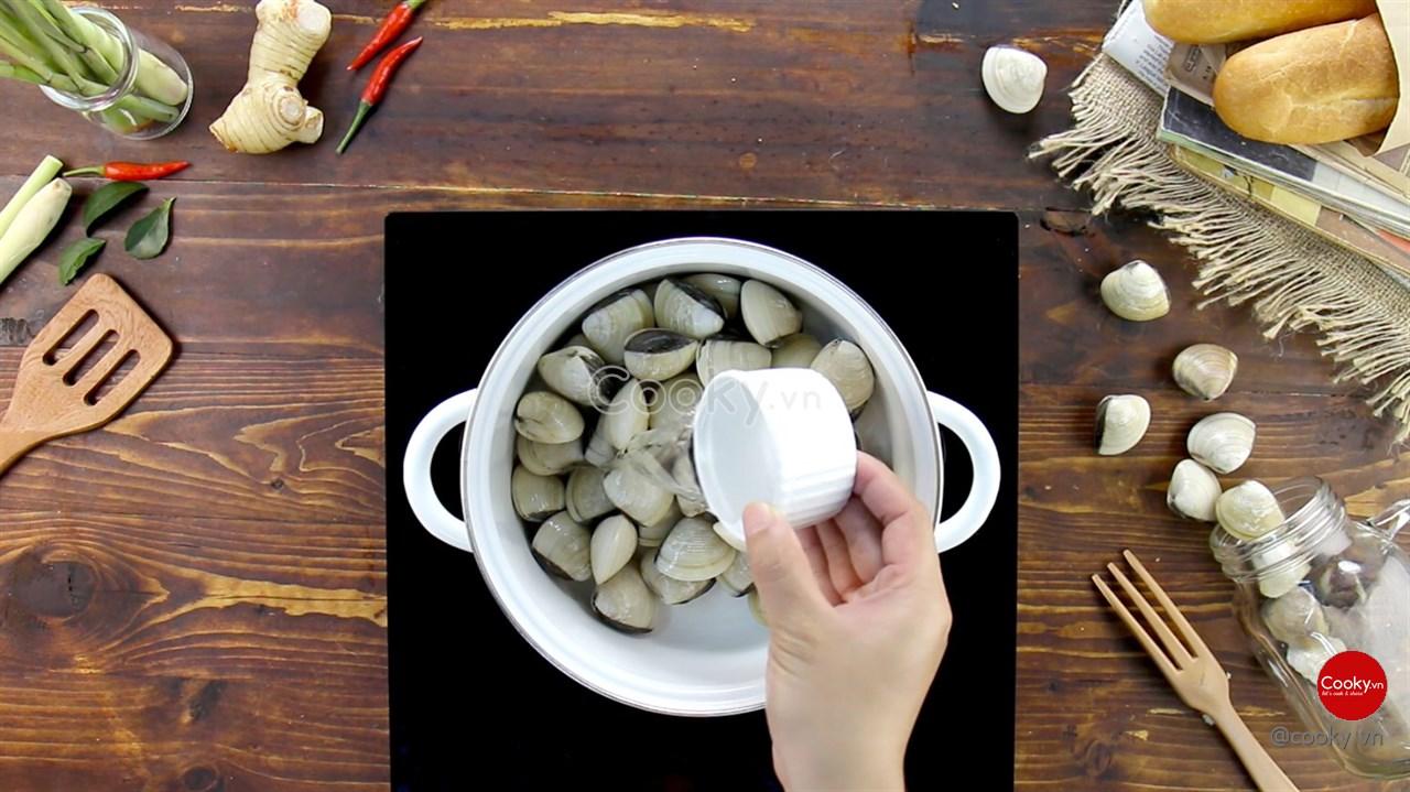 Cách Làm Nghêu Hấp Thái chua chua cay cay cực hấp dẫn