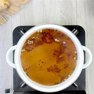 Mì lẩu Thái hải sản chua cay