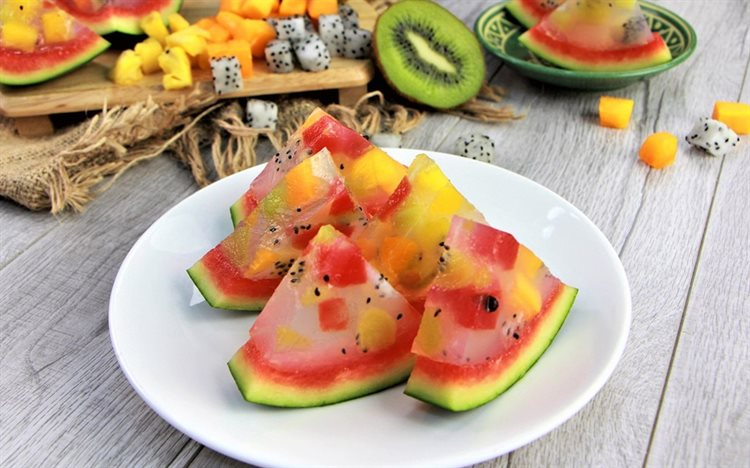 Cách làm rau câu dưa hấu trái cây