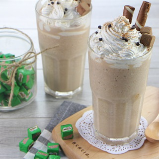 Cách làm smoothie dừa Milo Cube