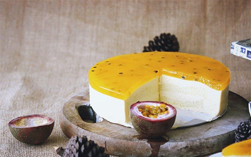 Cách làm Passion Fruit Cheesecake mềm, mọng, đẹp mắt